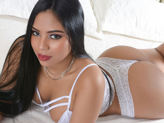 SelenaBella porn chat on webcam
